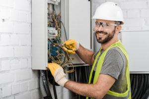 Electricians serving Ashwaubenon